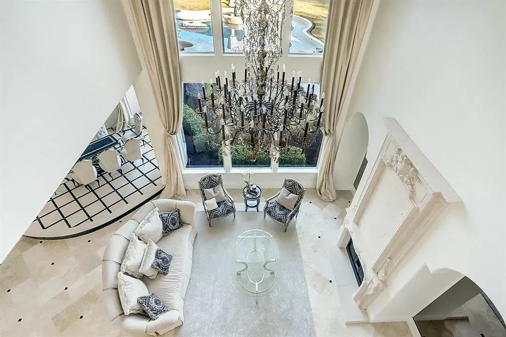 The House for Sale in Houston is an extraordinary secluded estate in the exclusive Rivercrest Estates in West Houston offers living on a palatial scale. This home located at 2 E Rivercrest Dr, Houston, Texas; offering 11 bedrooms and 12 bathrooms with over 11,300 square feet of living spaces.