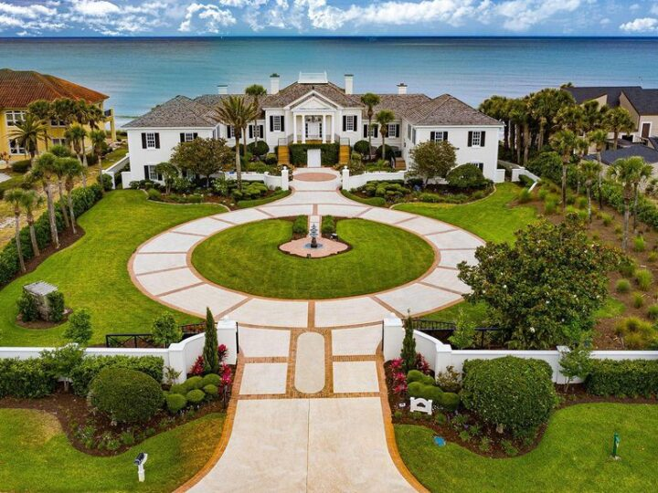 The Oceanfront Estate is a grand presence reminiscent of the deep South and the musings of a Hollywood producer now available for sale. This home located at 1063 Ponte Vedra Blvd, Ponte Vedra Beach, Florida; offering 5 bedrooms and 7 bathrooms with over 11,500 square feet of living spaces.