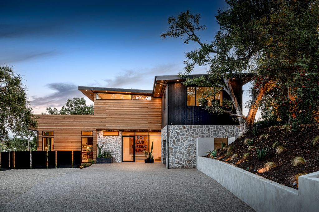 An Unparalleled Architectural Home for Sale in Encino at $8,995,000