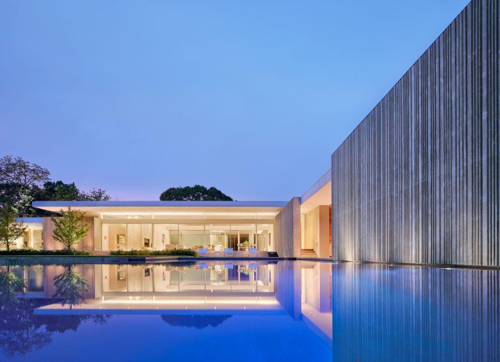 Elegant Preston Hollow Home in Dallas, Texas by Specht Architects