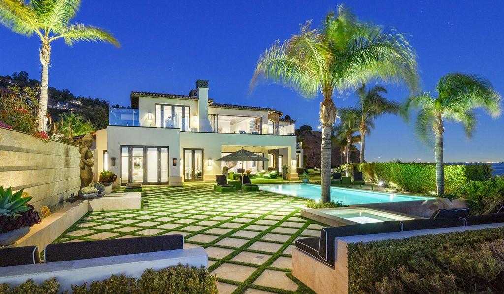 Enjoy Superb Living and Entertaining in $35,000,000 Malibu Mansion
