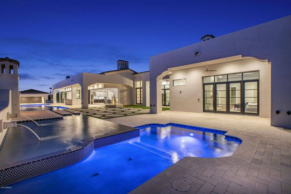 Fabulous Brand new House of Azoulay Builders in Paradise Valley, Arizona