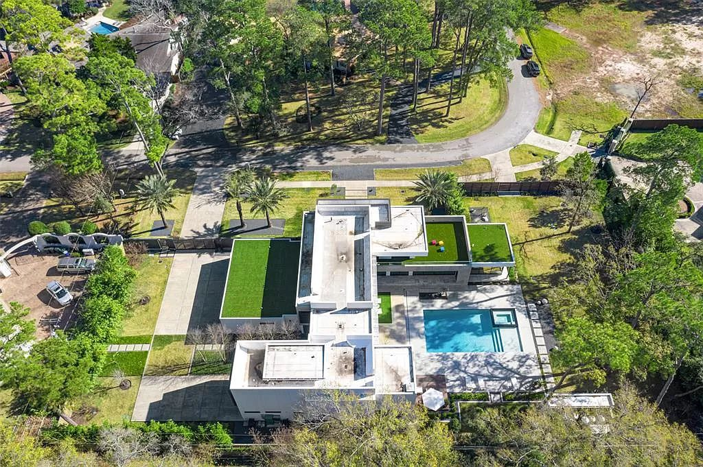 The Houston House is a one of finest modern homes in a quiet Bunker Hill neighborhood was designed to be energy efficient & sustainable now available for sale. This home located at 11 Gage Ct, Houston, Texas;