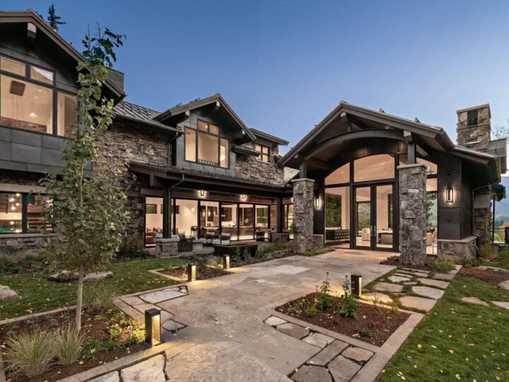 The Home in Colorado is a lavish residence have masterfully transformed into a masterpiece of the ski resort town now available for sale. This home located at 1183 Cabin Cir, Vail, Colorado; offering 6 bedrooms and 8 bathrooms with over 11,800 square feet of living spaces.