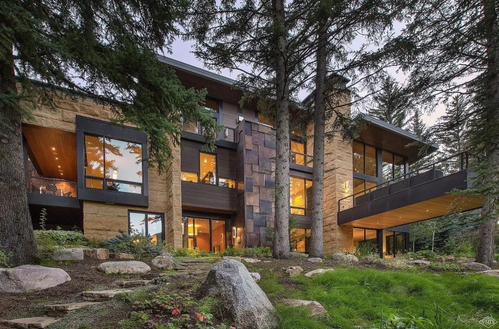 This $32,000,000 Home in Vail is One The Colorado's Finest Properties