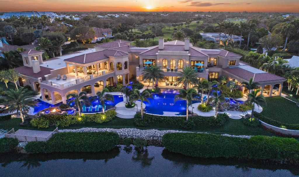 This $32,500,000 Jupiter Mansion was Built to Stand The Test of Time