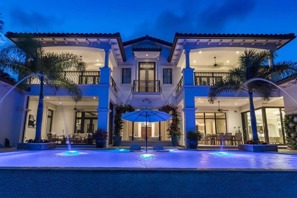 This Incredible $6,295,000 Boca Raton House offers Resort Style Living