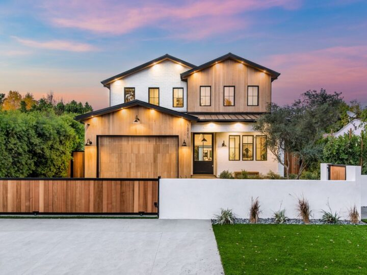 The Modern Farmhouse is a truly marvelous home in a coveted enclave of Studio City with manicured landscaping now available for sale. This home located at 12731 Bloomfield St, Studio City, California; offering 5 bedrooms and 7 bathrooms with over 4,200 square feet of living spaces.