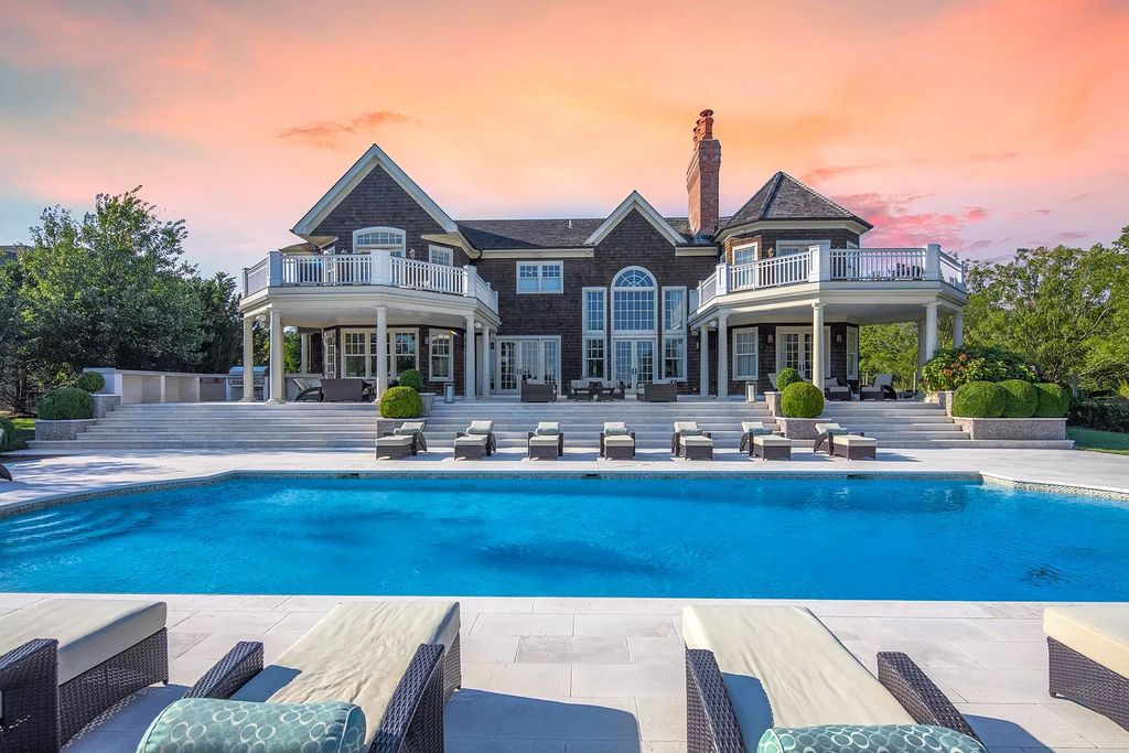 An Elegant Hamptons Home just Completely Renovated Asking for $5,999,000