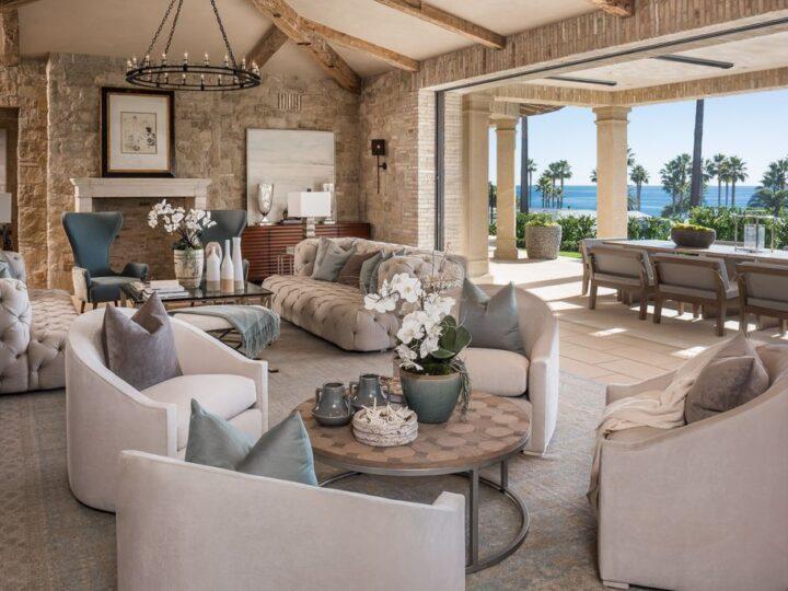 Extraordinary Laguna Beach house in California by architect Chris Light