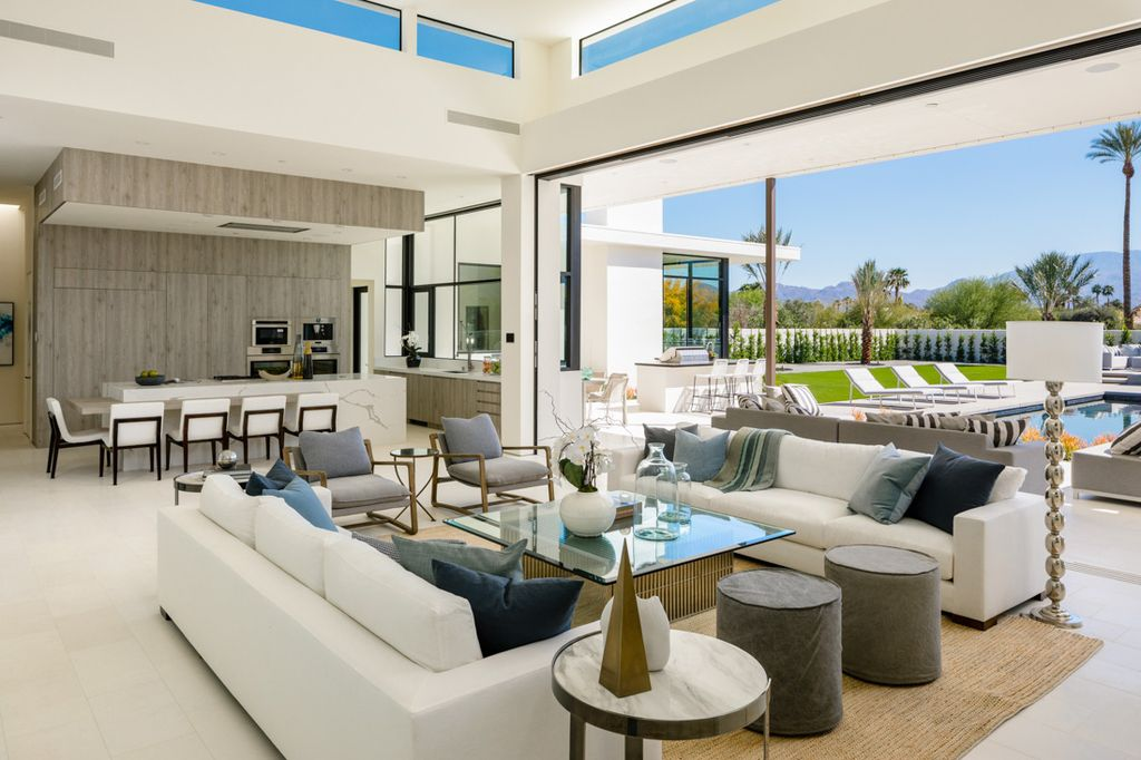 Interior Design of Makena Home in Rancho Mirage by Meridith Baer Home