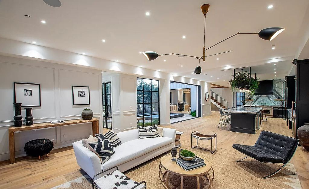 The West Hollywood Home in the heart of the Melrose Arts District perfect for entertaining as it is for private moments now available for sale. This home located at 848 N Gardner St, Los Angeles, California; offering 5 bedrooms and 6 bathrooms with over 5,000 square feet of living spaces.