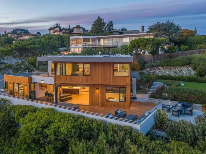 The Tiburon Home is a luxurious residence on one of the most desirable streets with sweeping views now available for sale. This home located at 86 Sugarloaf Dr, Tiburon, California; offering 5 bedrooms and 4 bathrooms with over 4,000 square feet of living spaces.