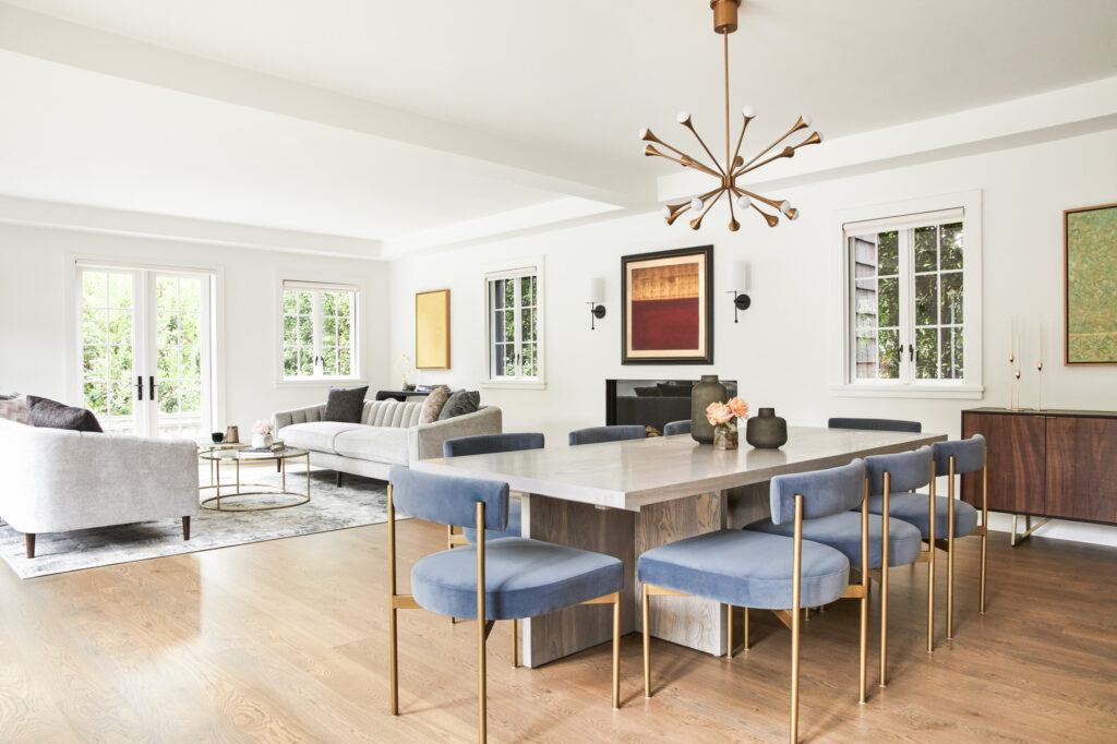 Interior design of Lorna Lane in Brentwood, LA was made by ae design in Modern style