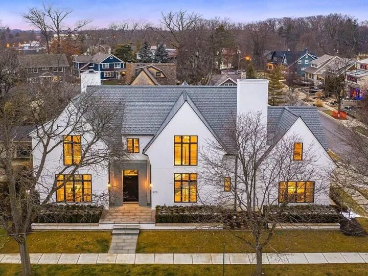 The Michigan Home for Sale is a completely hand crafted masterpiece leaving no desire behind in Birmingham now available for sale. This home located at 273 Euclid Ave, Birmingham, Michigan; offering 5 bedrooms and 7 bathrooms with over 6,400 square feet of living spaces.