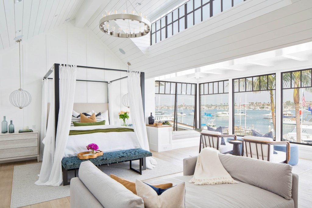 These 10 stunning bedrooms will make you want to stay in bed all day!