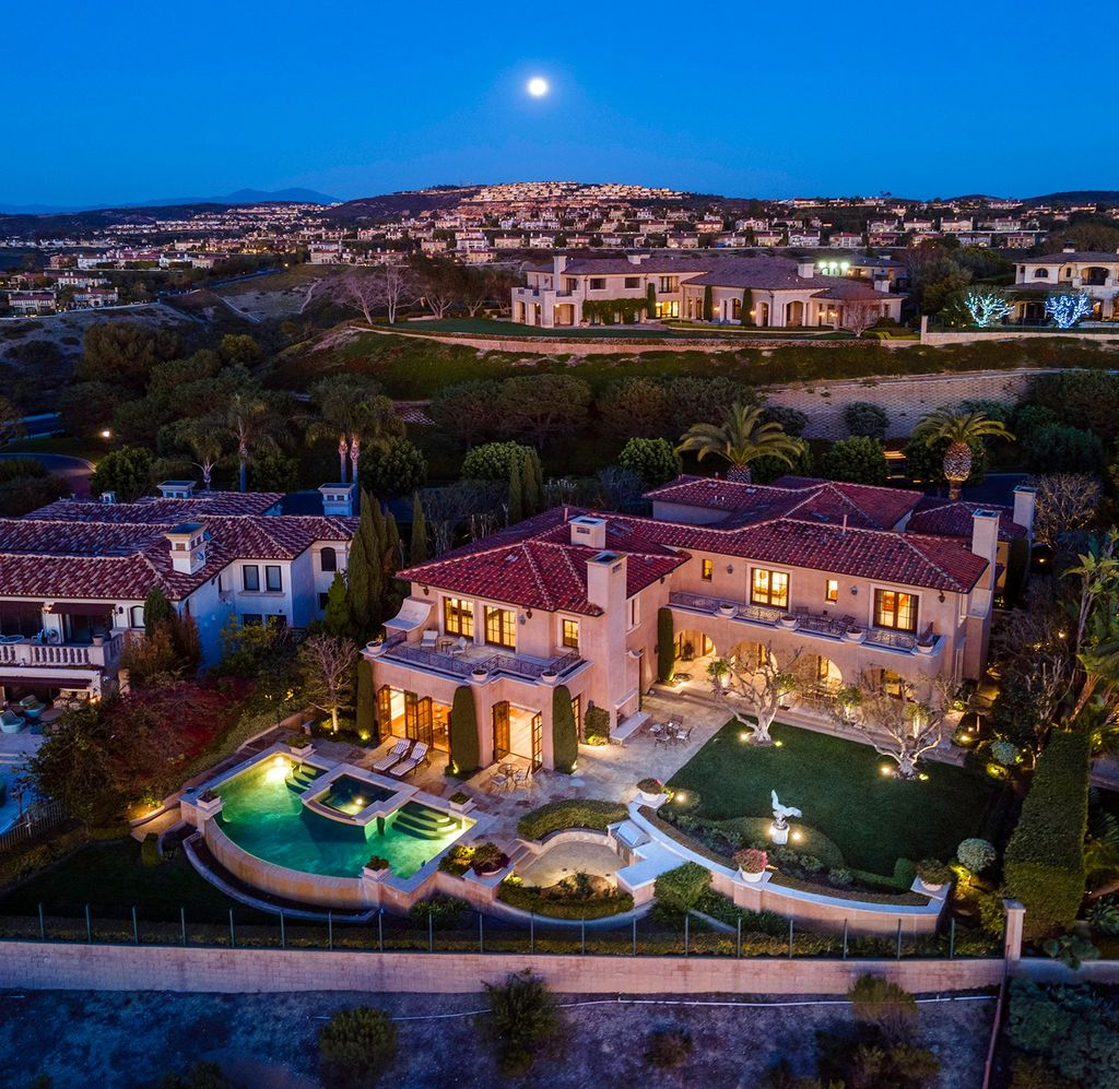 A $16,500,000 Newport Coast Home on Unobstructed Hilltop has Extraordinary View
