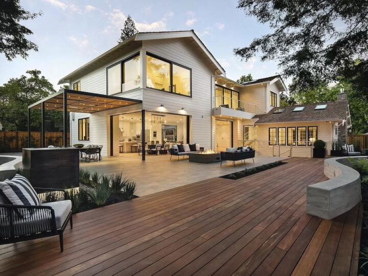 The Home in Palo Alto is a magnificent masterpiece with stunning modern design that maximizes the interplay of light home now available for sale. This home located at 1432 Webster St, Palo Alto, California; offering 5 bedrooms and 6 bathrooms with over 6,700 square feet of living spaces.
