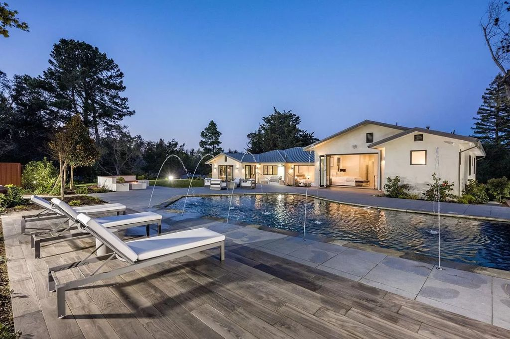A Meticulously Rebuilt California Home in Burlingame for Sale at $8,680,000