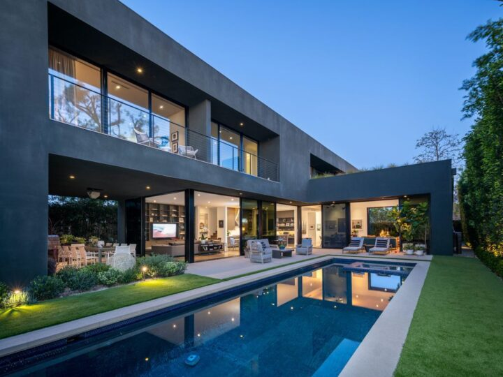 The Home in Venice is a luxurious modern home designed by Marmol Radziner features an open-concept floor plan and masterful workmanship now available for sale. This home located at 1233 Appleton Way, Venice, California; offering 5 bedrooms and 7 bathrooms with over 5,000 square feet of living spaces.