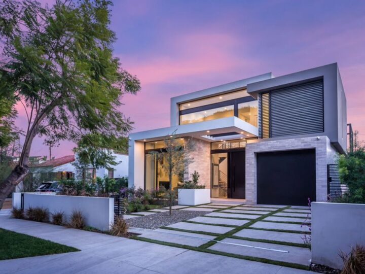 Convenient Modern Masterpiece in the heart of West Hollywood, California