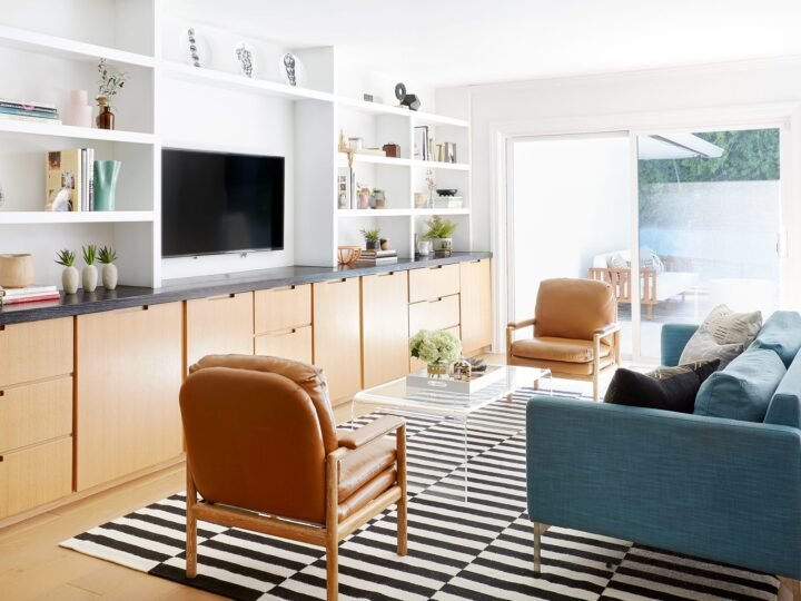 Eclectic interior design of Royal Woods by ae design