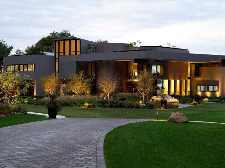 Environmental Friendly Energy Home in Sands Point, New York