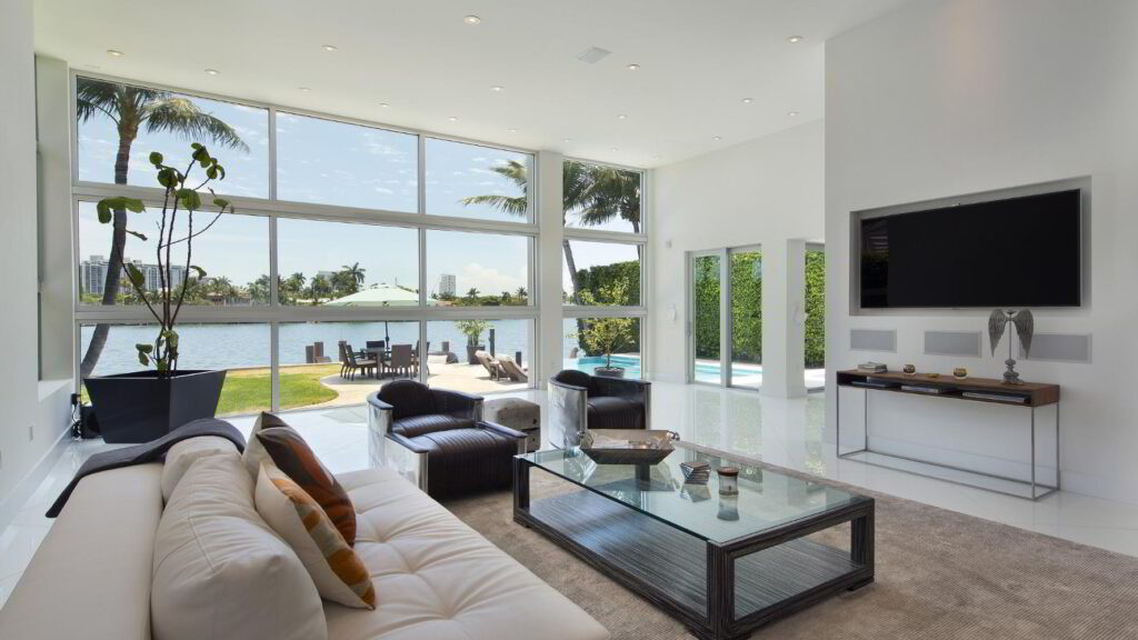 Newly Waterfront Estate in Florida with interiors by Kartell and Artefacto