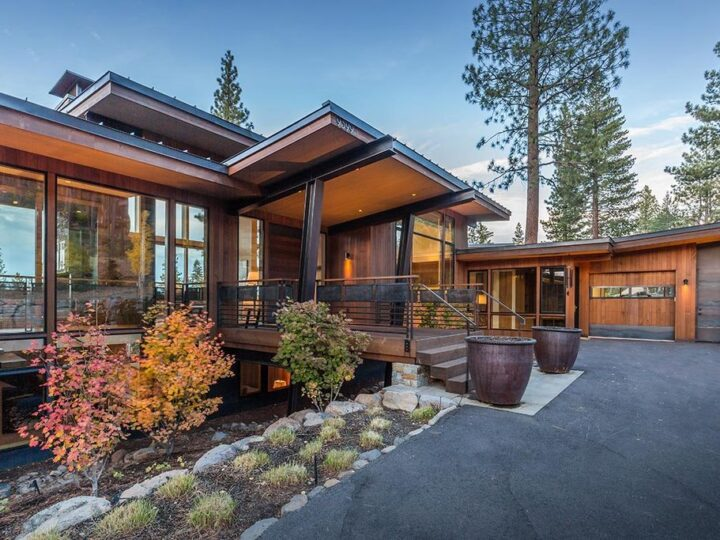 Outstanding Eco Friendly home in California with abundant natural light