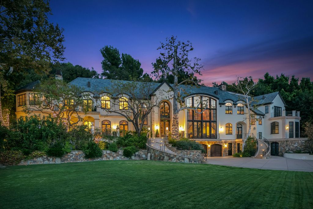 This $25,000,000 Palatial Beverly Hills Mansion offers Extremely Private and Secure
