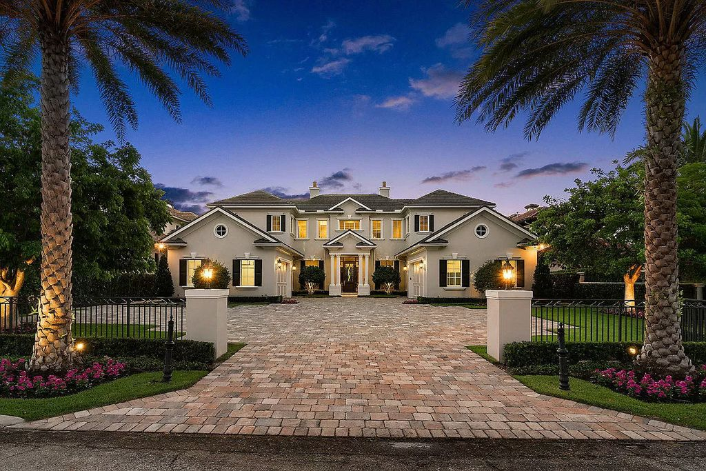 $12,900,000 Beautiful  Custom Waterfront Transitional Home in Boca Raton
