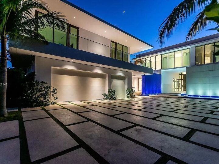 The Resort Style Mansion in Miami Beach is a newly luxurious home with sunsets over the Miami skyline on prestigious North bay road now available for sale. This home located at 5004 N Bay Rd, Miami Beach, Florida; offering 8 bedrooms and 10 bathrooms with over 12,800 square feet of living spaces.