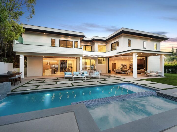 A Magnificent Luxury Home in Encino with Impeccable Design listed for $5,900,000