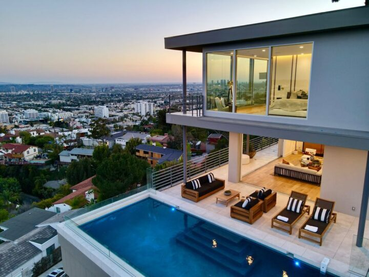 The Los Angeles Home is a completely renovated estate with iconic panoramic views from the Hollywood sign now available for sale. This home located at 7007 Los Tilos Rd, Los Angeles, California; offering 4 bedrooms and 5 bathrooms with over 3,800 square feet of living spaces.
