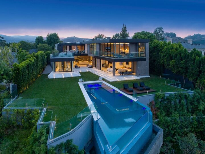 The Dream Home in Los Angeles is an architectural Estate has spectacular city, mountain and ocean views now available for sale. This home located at 11507 Orum Rd, Los Angeles, California; offering 6 bedrooms and 9 bathrooms with over 10,000 square feet of living spaces.