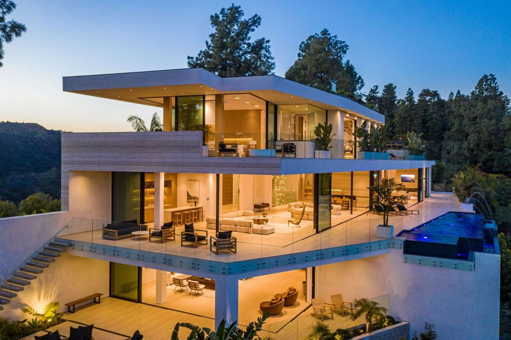 Brand New Beverly Hills Mansion with World-class finishes hits the Market for $38,000,000