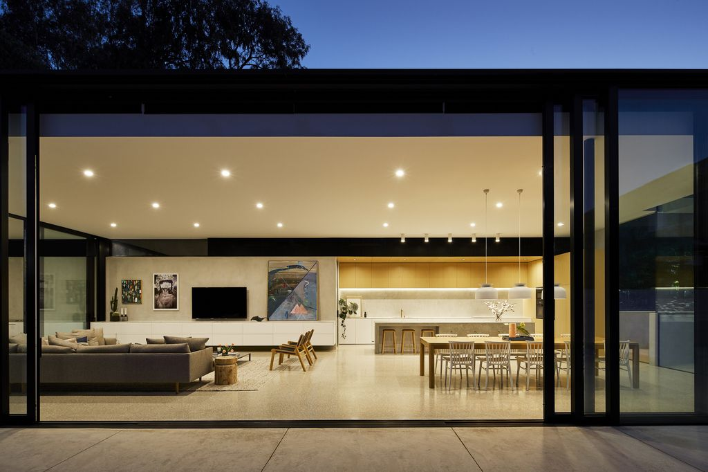 Impressive design of Salmon to expose beauty of raw by FGR Architects