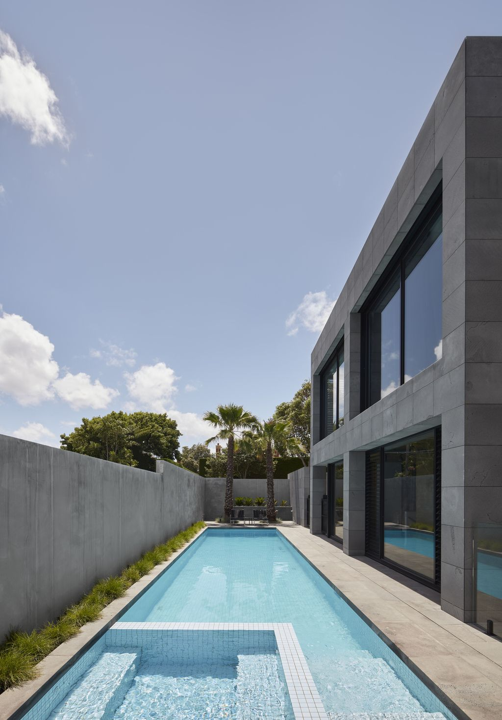 Harmonious Design of Quarry House in Brighton by Finnis Architects