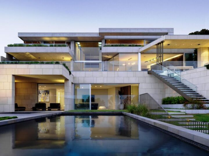 Luxurious Design and Full view of Sydney Harbor with Mosman by SAOTA