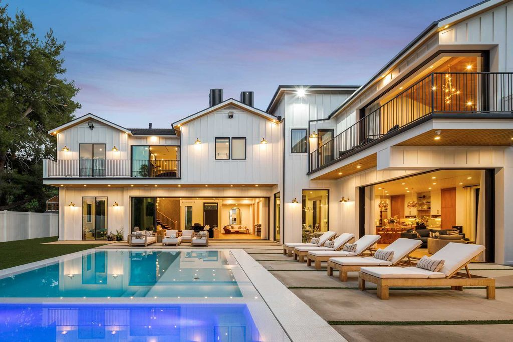 Luxurious Encino Estate with Modern Farmhouse Style asking for $7,995,000
