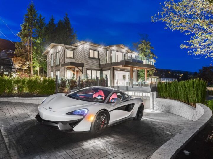 Luxury Dream Home in West Vancouver built by Marble Construction
