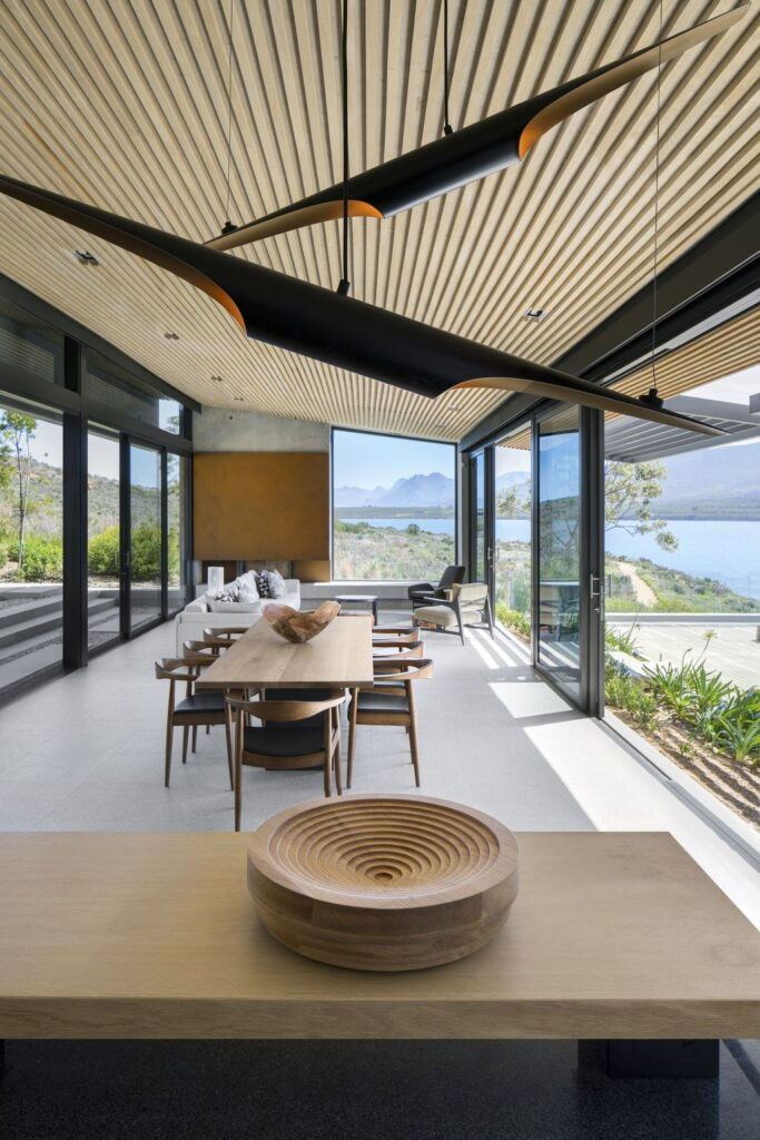 Benguela Cove House with Panoramic Views of The Landscape by SAOTA