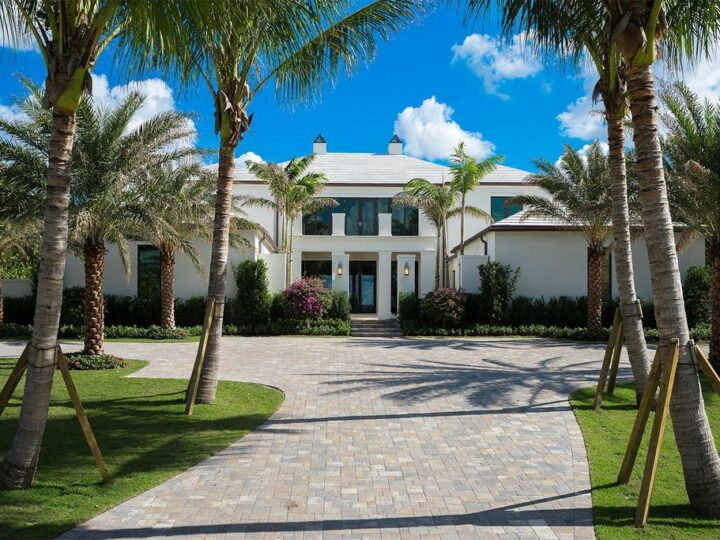 Picturesque Ocean Views House in Florida Built by Mark Timothy