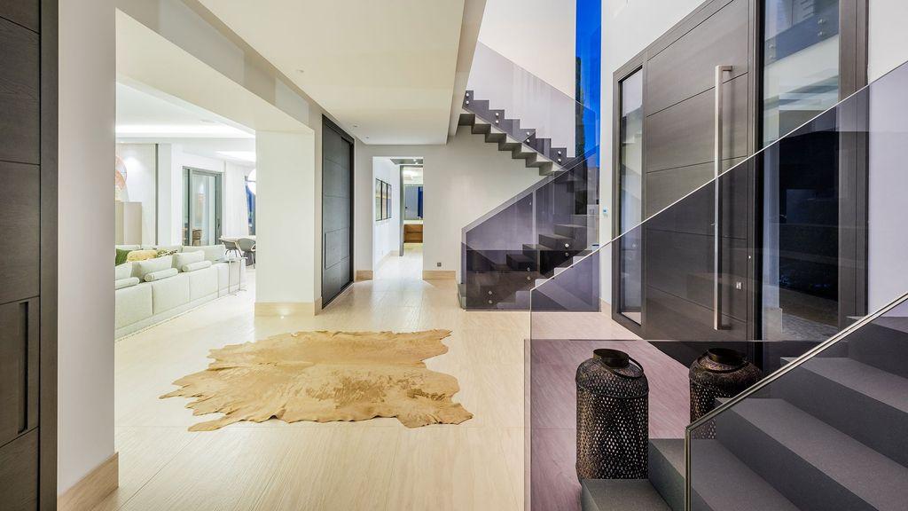 Stunning Luxurious Design of Heaven 11 in La Zagaleta by Ark architects