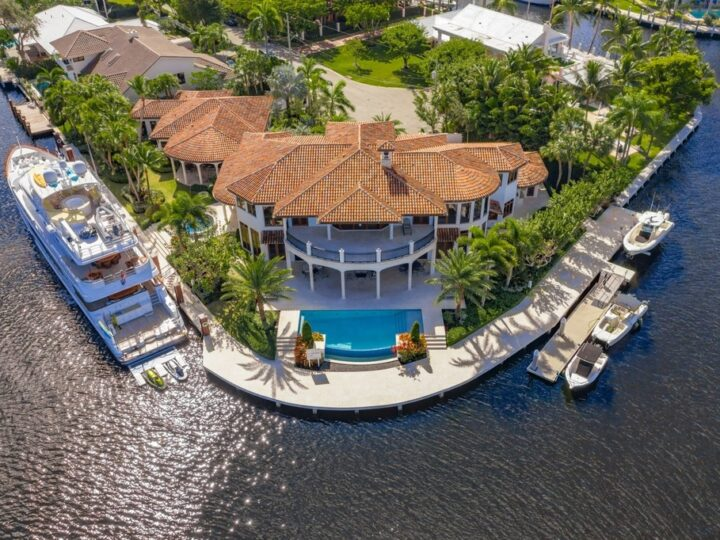The Mediterranean Mansion in Fort Lauderdale is a stunning home features wide water River views, high end finishes, marble floors now available for sale. This home located at 632 2nd Key Dr, Fort Lauderdale, Florida; offering 8 bedrooms and 10 bathrooms with over 10,000 square feet of living spaces.