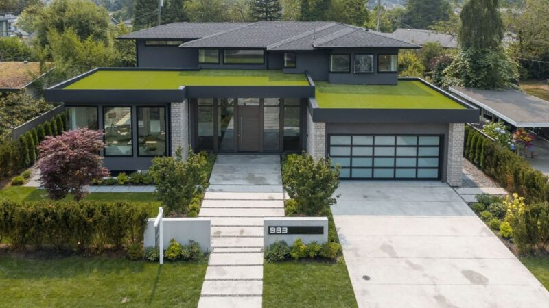 The Mountain View Villa in North Vancouver built by Marble Construction