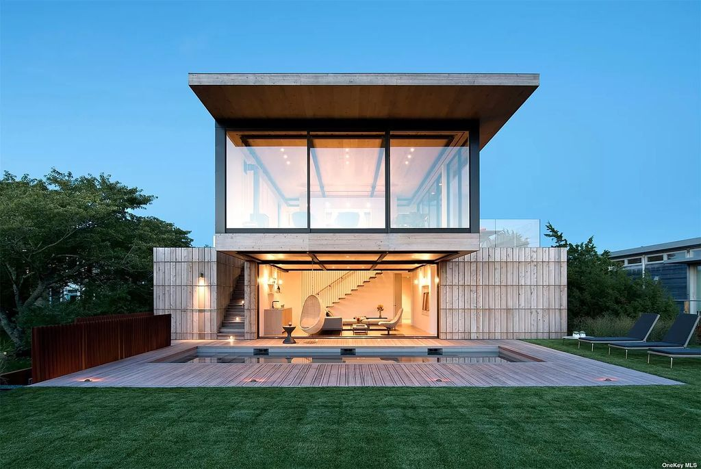 This $9,950,000 Elegant Home in Amagansett is Absolutely Beautiful