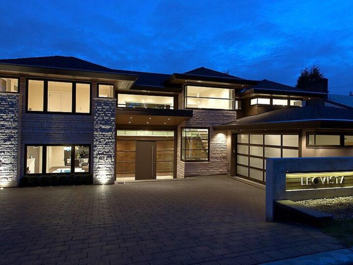 Ultra-Luxury House in North Vancouver built by Marble Construction