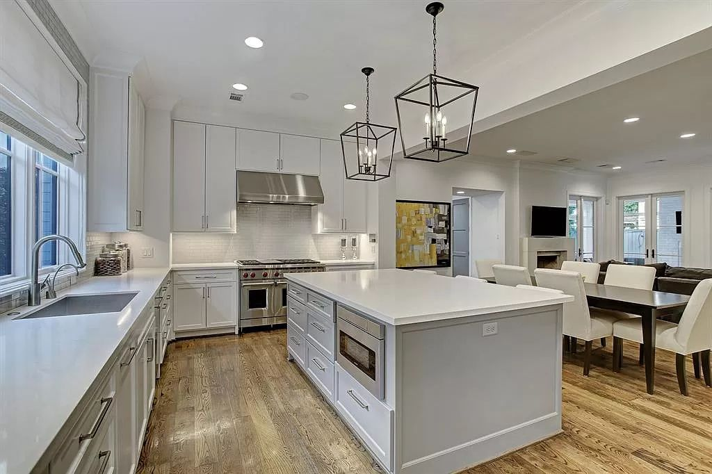 The Houston Home is a Sophisticated, sleek, and an entertainer's dream with high-end custom finishes throughout now available for sale. This home located at 2102 Chilton Rd, Houston, Texas; offering 6 bedrooms and 7 bathrooms with over 6,700 square feet of living spaces.