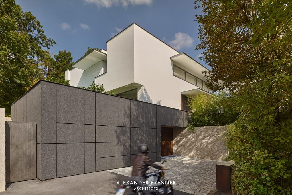 A Prominent Haus am Wald Residence by Alexander Brenner Architects